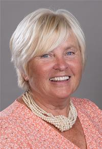 Profile image for County Councillor Nikki Hennessy